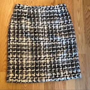 NWT Amanda & Chelsea black & white tweed skirt